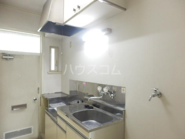 ラビアン7号館 105号室のキッチン