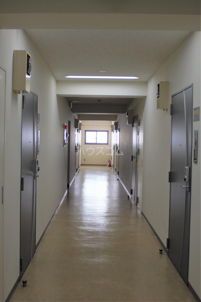 トヨタ東京教育センター別館 309号室のロビー