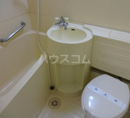 ハイタウン目黒 303号室の風呂