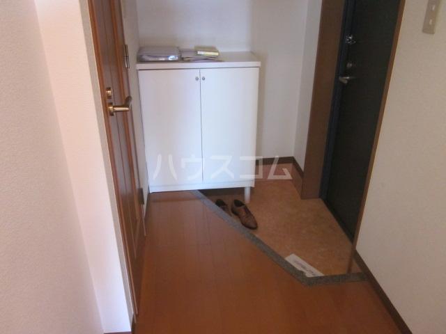 メルヴィ洗足 501号室の玄関