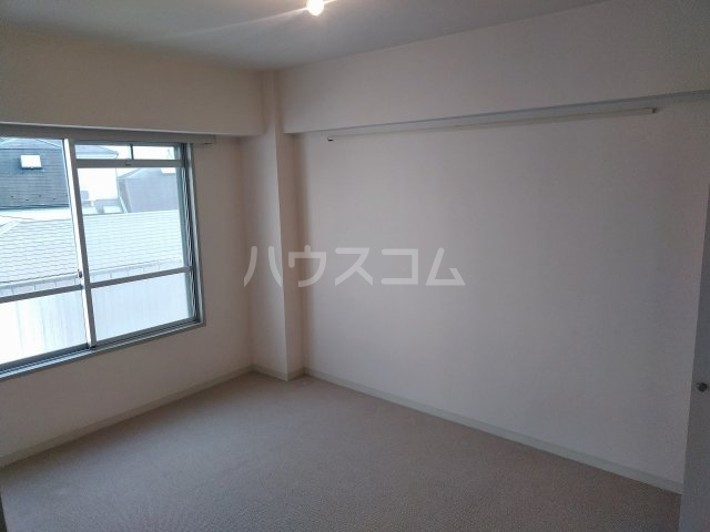 洗足第一マンション 303号室の居室