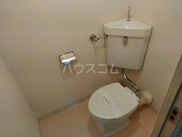 洗足第一マンション 303号室のトイレ