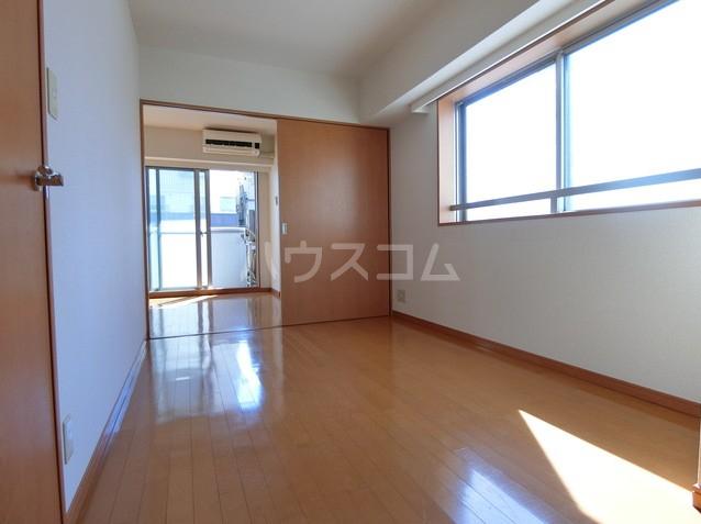 アクトフォルム武蔵小山 303号室の居室