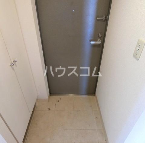 アクトフォルム武蔵小山 303号室の玄関