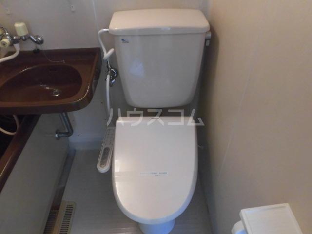 メゾンイズミ 201号室のトイレ