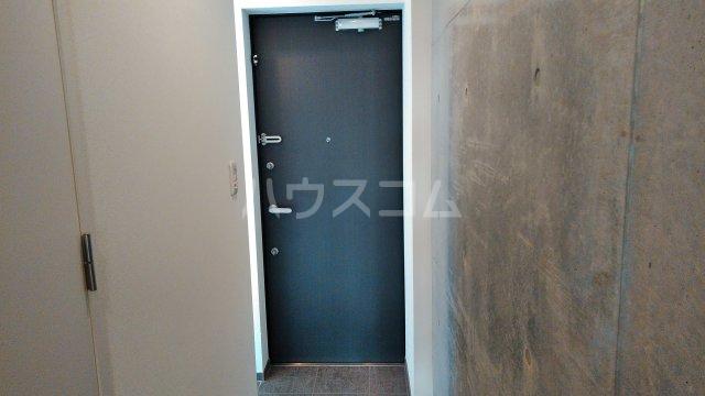 プライムアーバン目黒三田 306号室の玄関