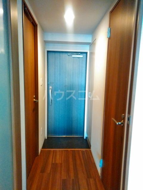 ビアンコネロ雪谷大塚 506号室の玄関