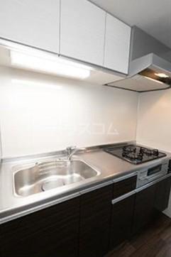 ビアンコネロ雪谷大塚 511号室のキッチン