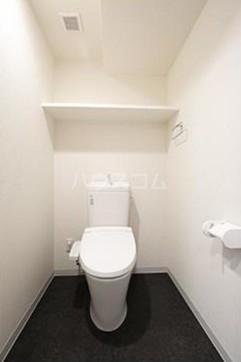 ビアンコネロ雪谷大塚 511号室のトイレ
