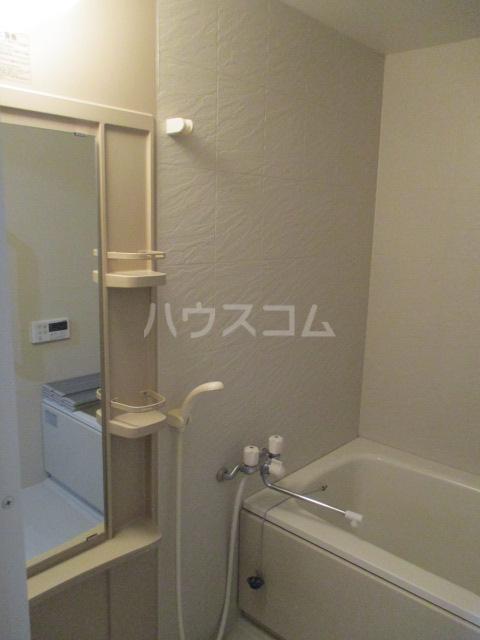 スタースクウェア 203号室の風呂