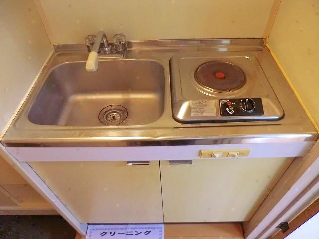 ラヴニール志木4 103号室のキッチン