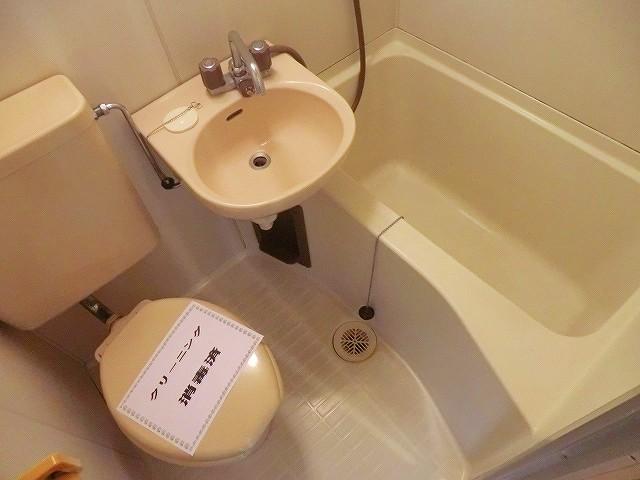 ラヴニール志木4 103号室の風呂