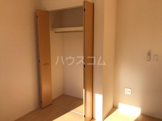 ウィステリアⅡ 102号室の収納
