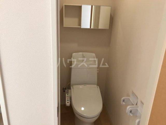 ウィステリアⅡ 102号室のトイレ