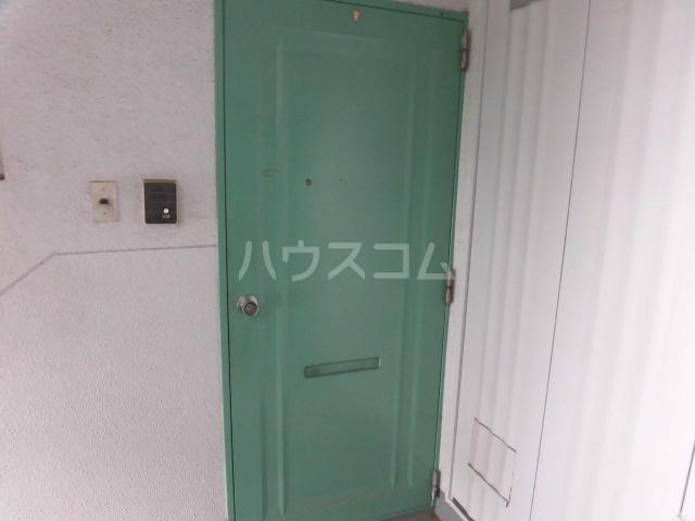 志木宗岡住宅 403号室の玄関