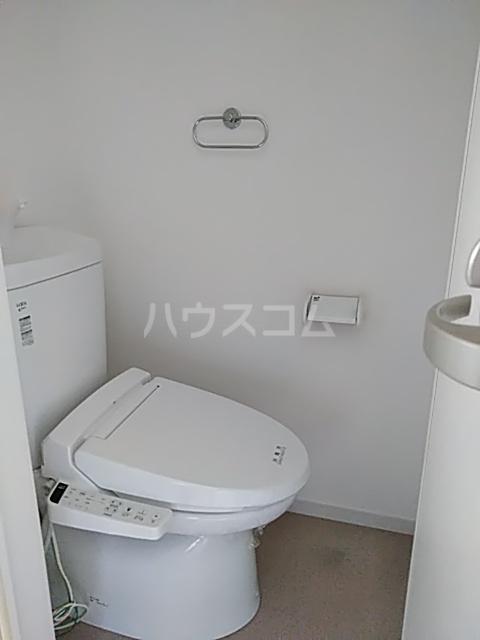 UTOPIA 201号室のトイレ