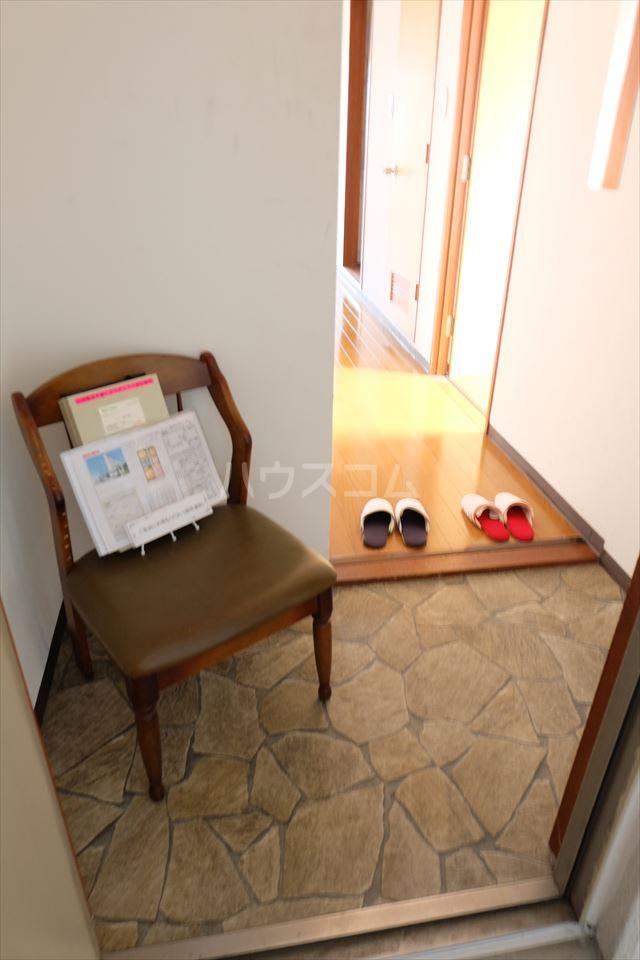 陽南イタリハイツ 306号室の玄関