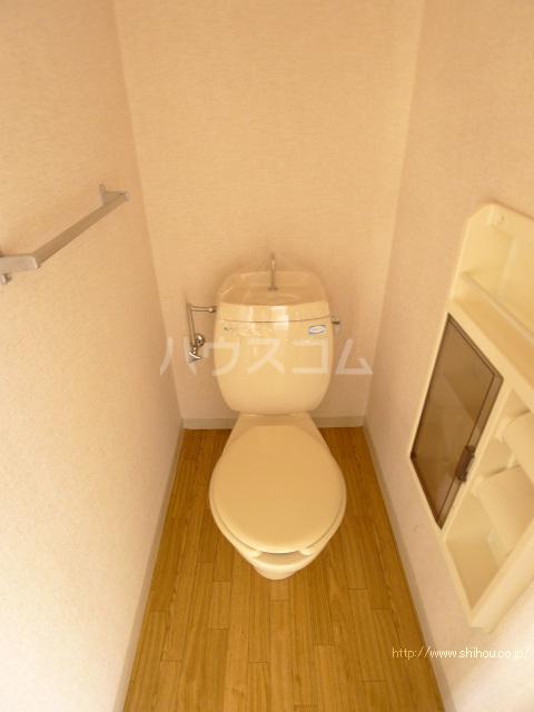 コーポマロニエB棟 202号室のトイレ