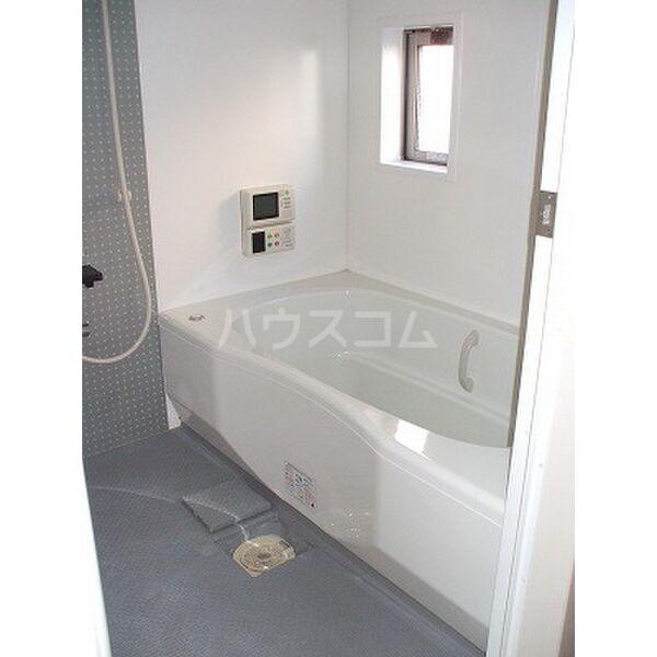 ドリームタウンⅢ A 105号室の風呂