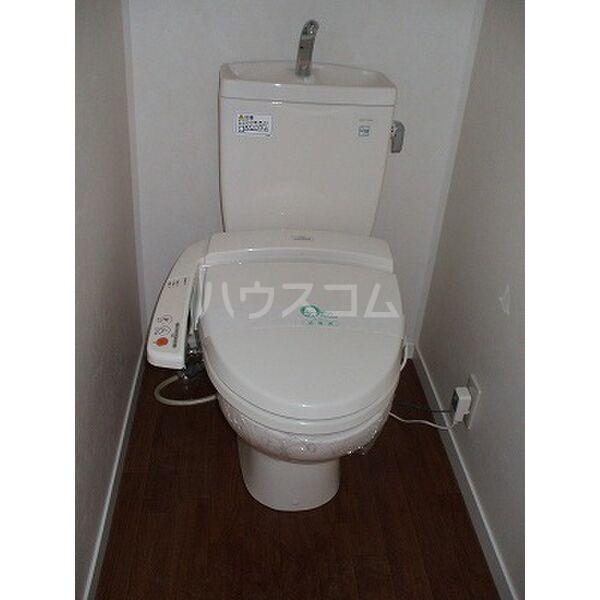 ドリームタウンⅢ A 105号室のトイレ