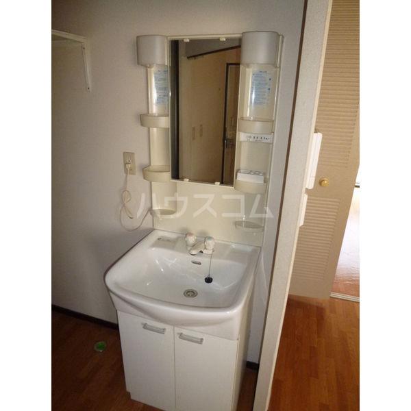 白沢ハイツB 101号室の洗面所