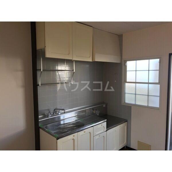 サンシティジュン 201号室のキッチン