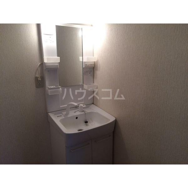 ハイツ仁井田B 102号室の洗面所