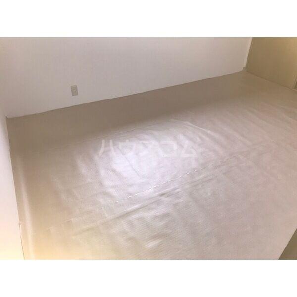 プレジールアマガイAのベッドルーム