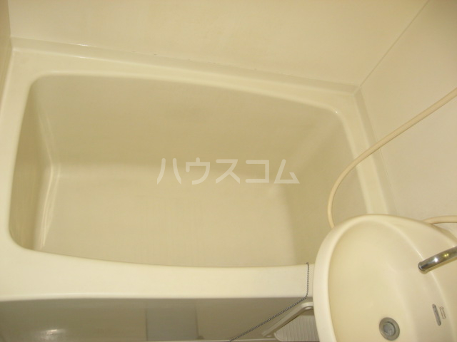 ウイングヴィラ 204号室の風呂