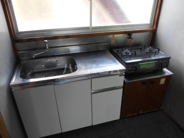 駅裏国見アパート 101号室のキッチン