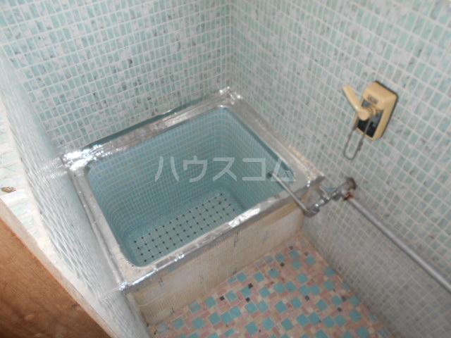 駅裏国見アパート 101号室の風呂