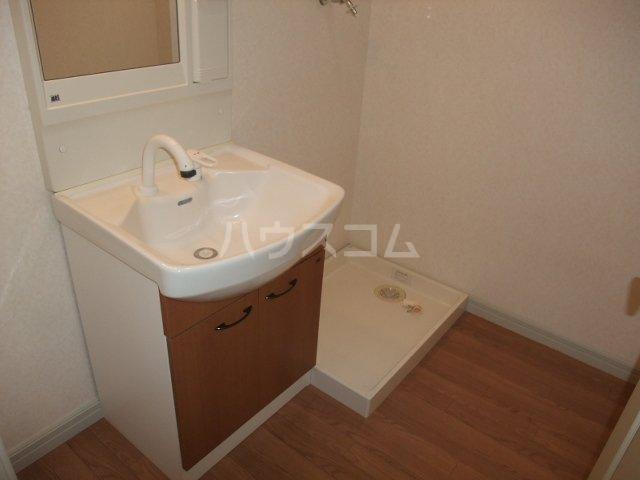フォレストコムス 203号室の洗面所