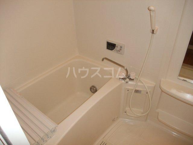 フォレストコムス 203号室の風呂