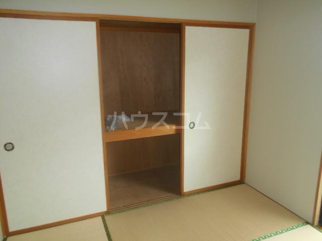 グリーンピュア 202号室の収納