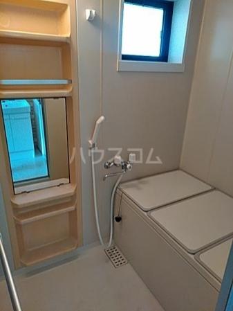 グリーンアベニュー A 101号室の風呂