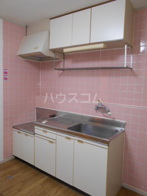 原第5マンション 105号室のキッチン