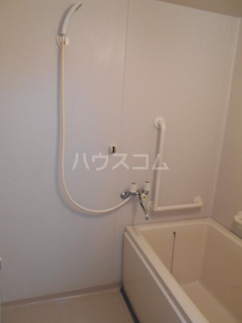 原第5マンション 105号室の風呂