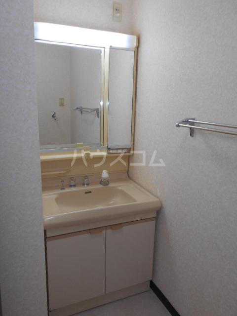 原第7マンション 101号室の洗面所