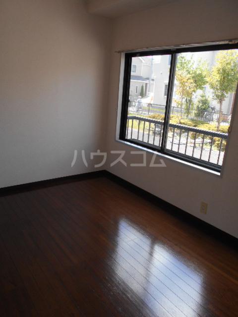 原第7マンション 101号室の居室