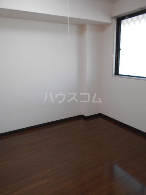 原第7マンション 107号室の居室
