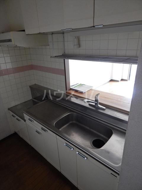 岡安ビル 802号室のキッチン