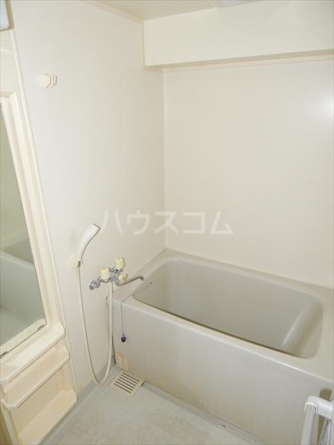 岡安ビル 802号室の風呂