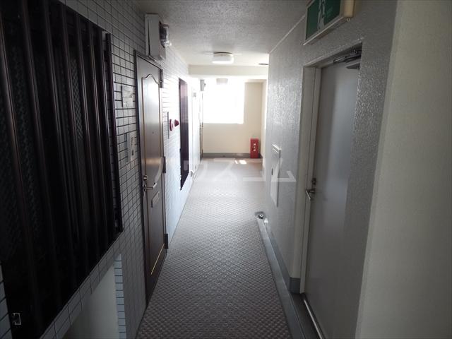 岡安ビル 802号室のその他