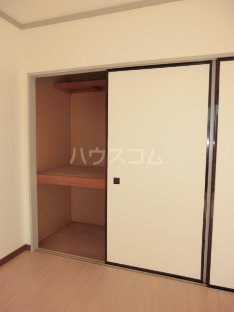 小川コーポ 202号室の収納