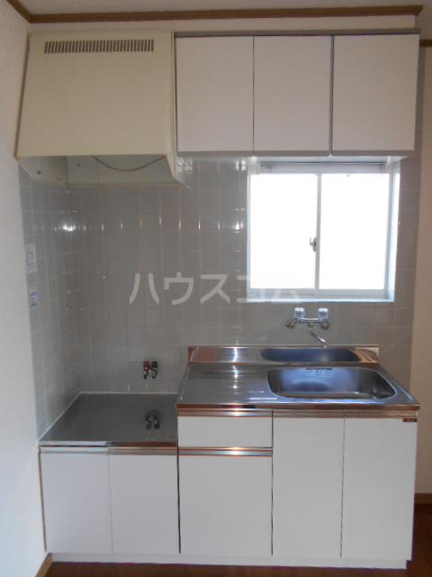 サンハイム A 201号室のキッチン