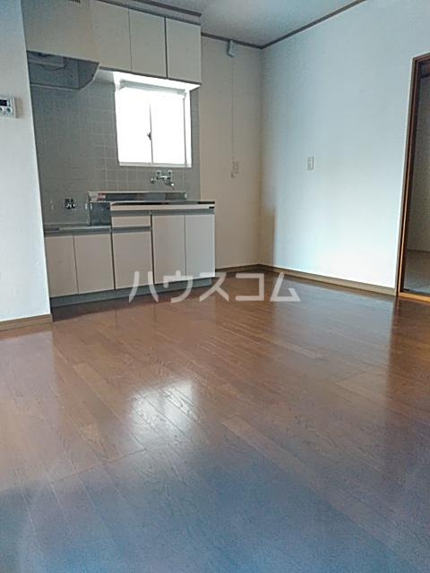 サンハイム A 201号室の居室