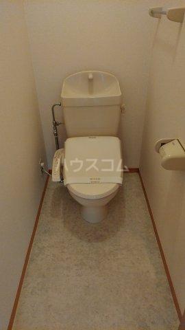 パルテール 102号室のトイレ