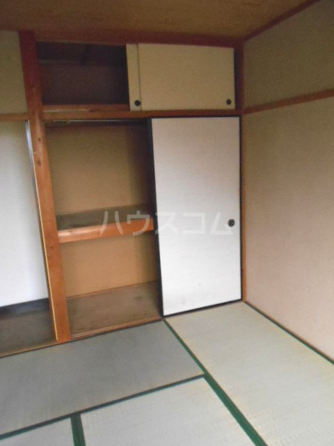 第2コーポオカモトA 202号室の収納