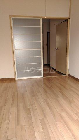 咲花ハイツ3 103号室の居室