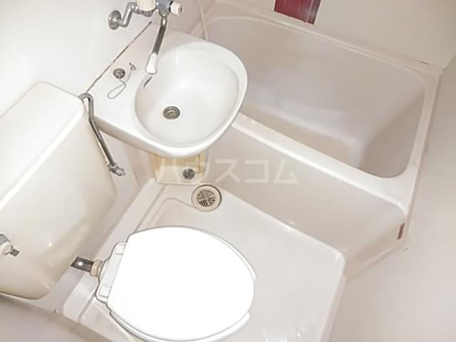 ベルピア姫宮第1 207号室の風呂
